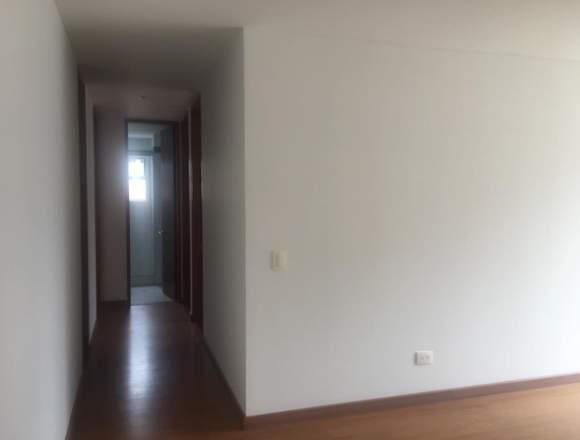Se Arrienda Apartamento en el Barrio Cedrito