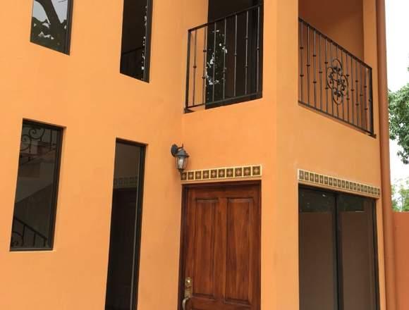 V#18 Venta de casa en Ciudad Colón