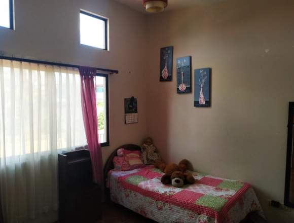 V#49 Venta de casa en Ciudad Colón