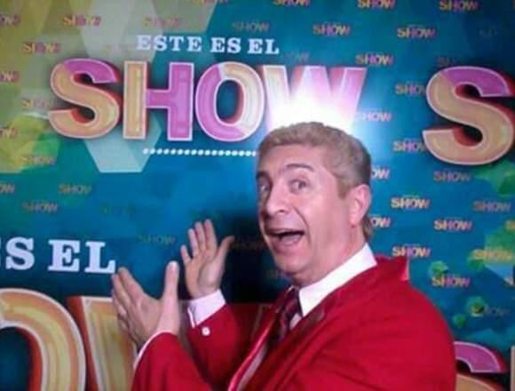 Showman Carlos Ragona