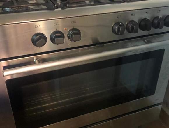 Cocina 5 fuegos con horno a gas