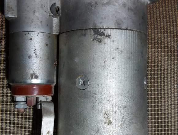 Motor de arranqueo puesta en marcha