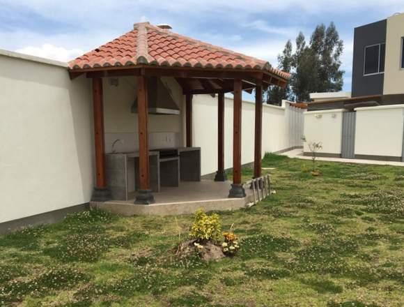 Casa a estrenar en el Norte de Quito.