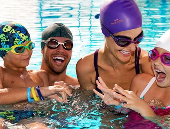 clases de natación para todas las edades
