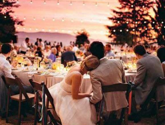 Alquiler de luces de feria para bodas y eventos