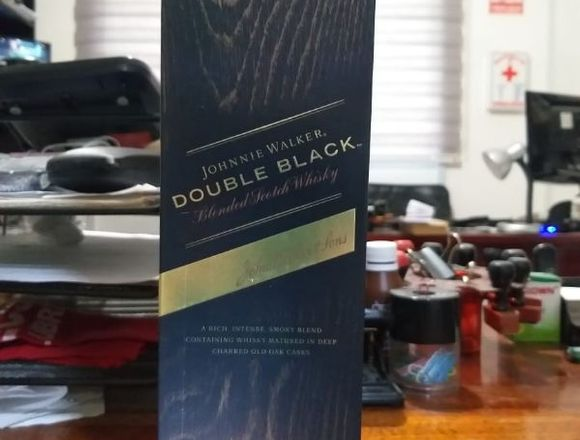 Whisky JOHNNIE WALKER Double Black 750ml