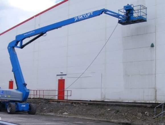 limpieza y pintura de fachadas.