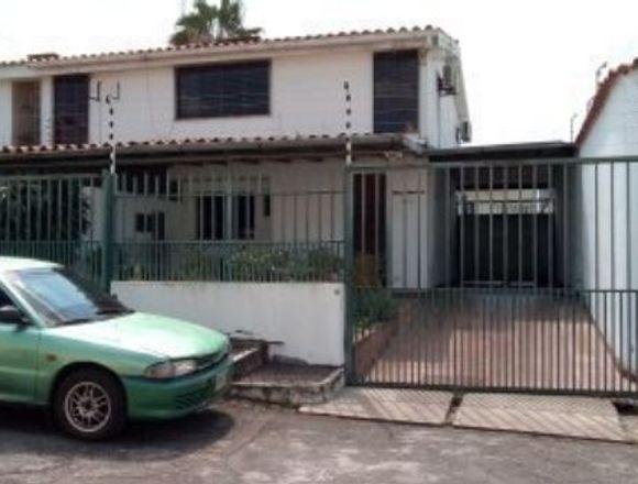 Vdo. Casa en Urbanismo privado en Araure