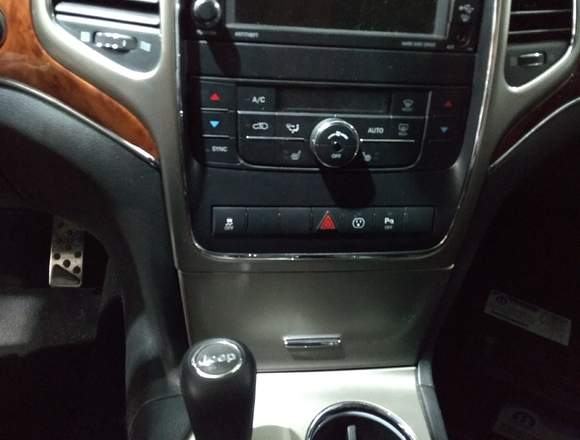 Vendo Jeep Grand Cherokee Limited 2013