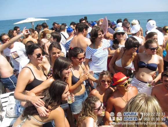 Fiesta en Barco - Playa de Gandia