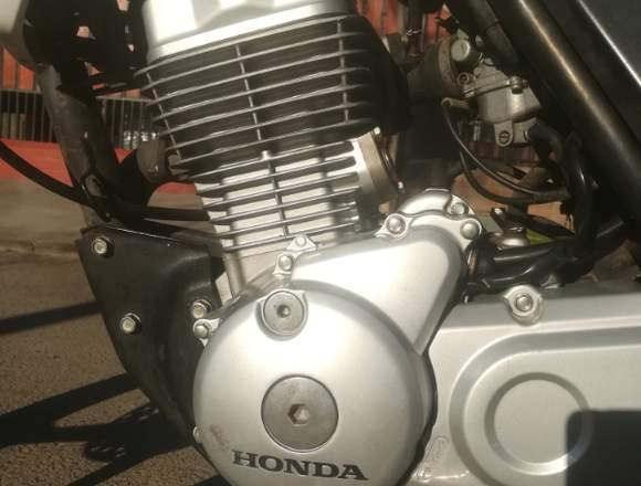 Honda new storm en venta