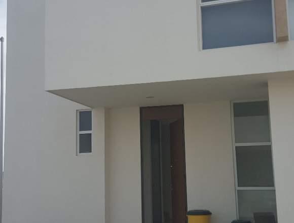Bonita casa en renta Puerta Natura