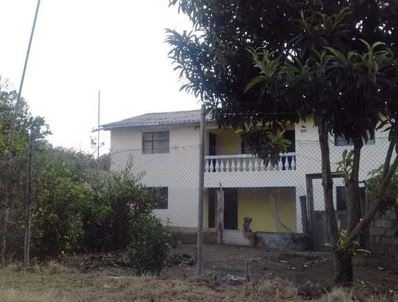 Propiedad con casa en venta