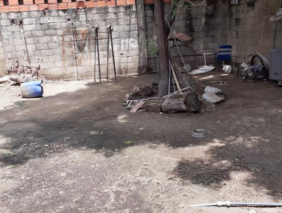 Vendo casa en el centro de Maracay