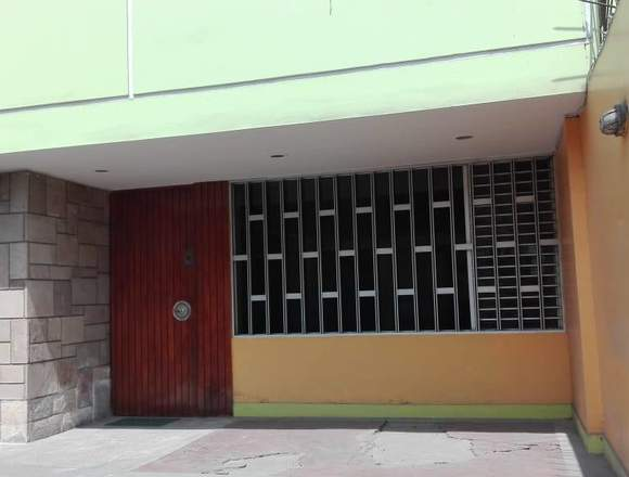 REMATO HERMOSA CASA EN LA MOLINA
