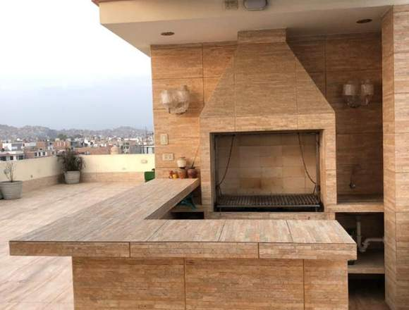 Vendo Casa 3 pisos con terraza en Cedros Chorrillo
