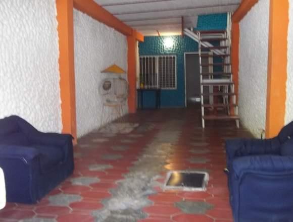 Vendo casa sector Caja de Agua, El Limón
