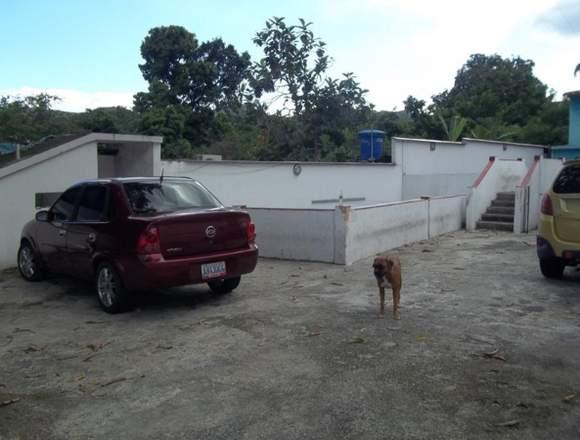 Vendo bella casa, zona fresca El limón, Maracay.