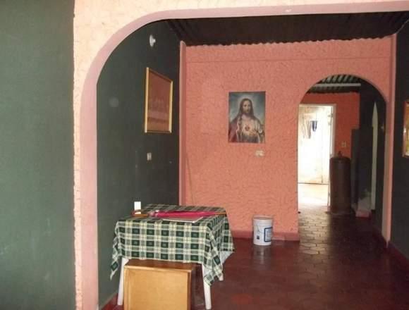 Vendo  original  casa en  el progreso, El Limón.