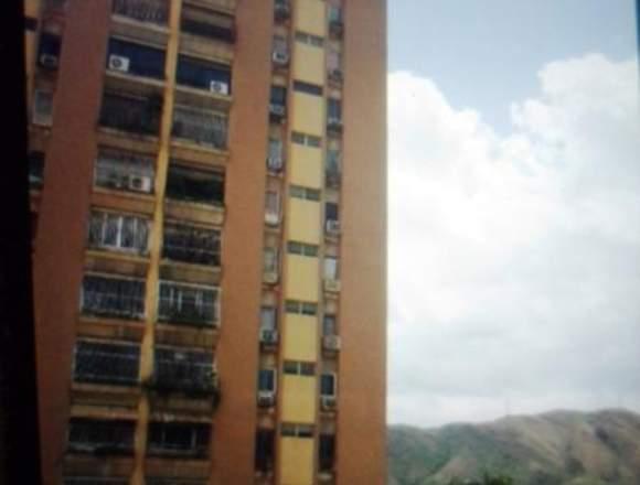 Vendo apartamento original, zona norte de Maracay.