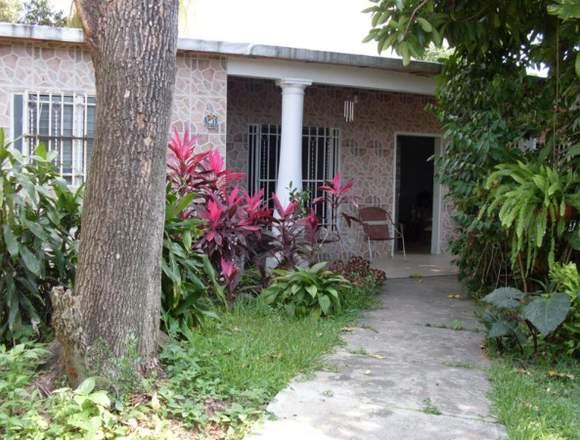 Casa en Venta en Terreno De 864mts2 R4, El Limón