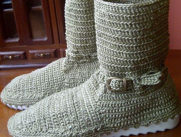 Botas tejidas para damas y niñas