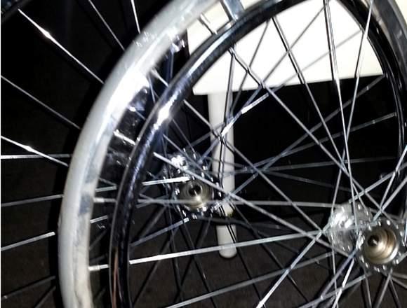 Silla de Ruedas Estándar Cromada wheelchair  NUEVA