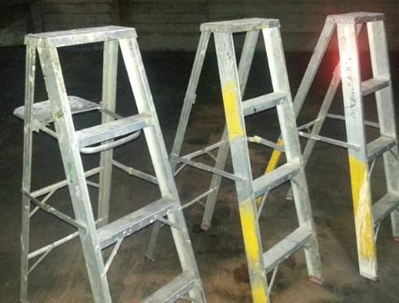 Escalera en Aluminio-3Peldaños+tope Superior-usada