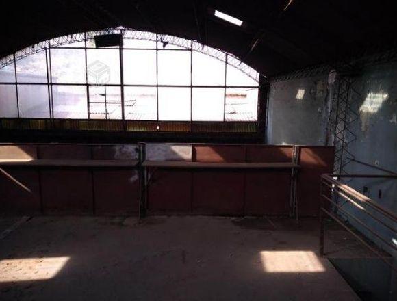 Propiedad Industrial a dos cuadras del metro