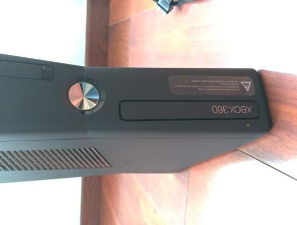 Xbox 360 De 250gb, Kinect Un Control Dos Juegos