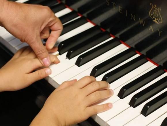 Clases de música para niños y adultos.