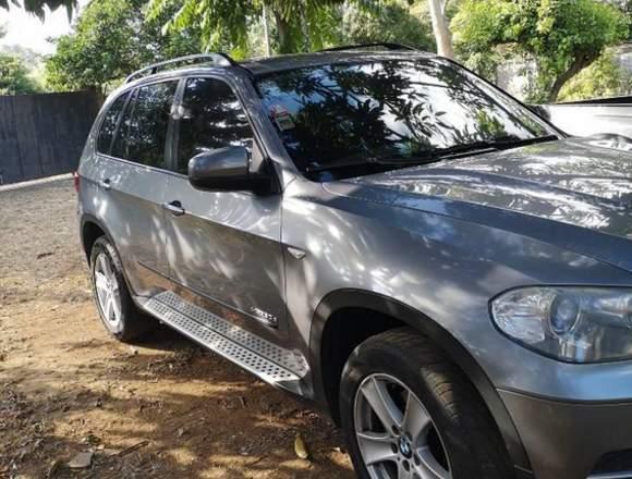 BMW X5  2011 9700 km