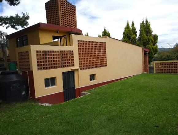 Sm Inmobiliaria Vende amplia casa con jardín