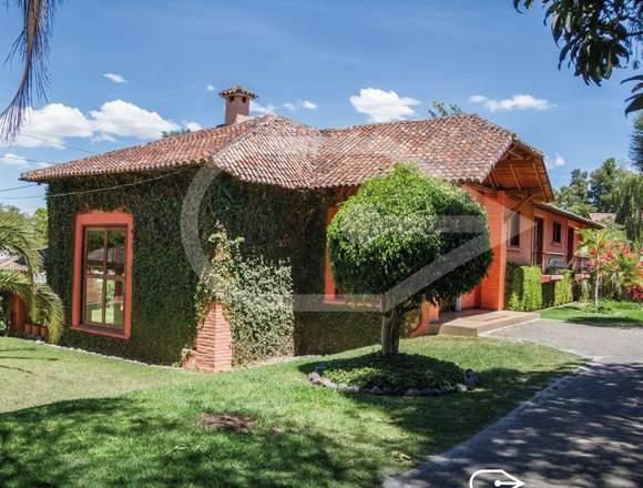 La Viña Cumbaya vendo casa
