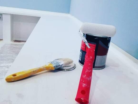 Pintor y papel pintado