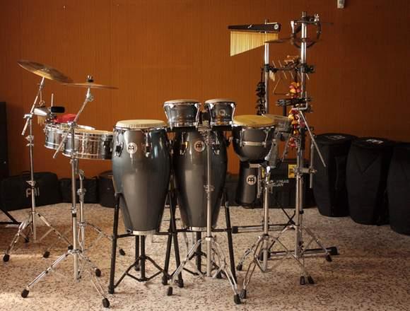 Clases de batería y percusiones  menores