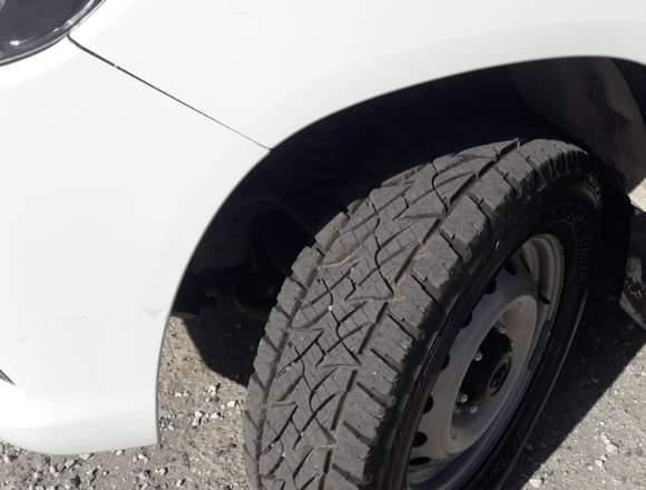 Vendo Toyota Hilux Dx 4x2 Doble cabina modelo 2017