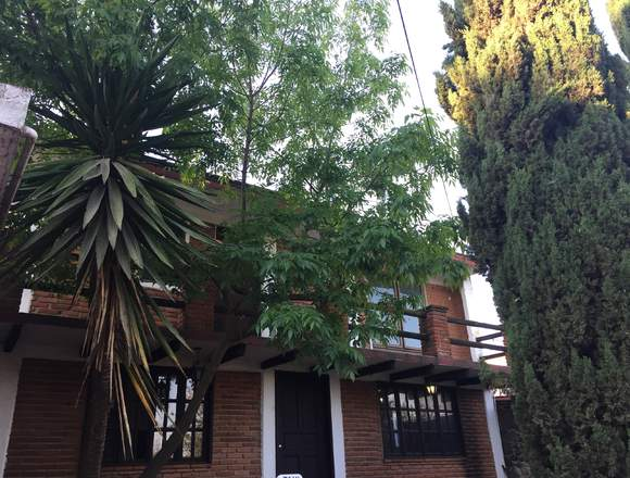 Rento casa estilo rústico