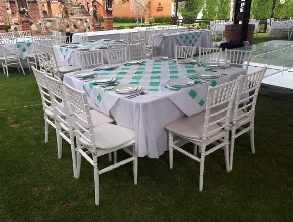 mesa imperial con 10 sillas tiffany en renta