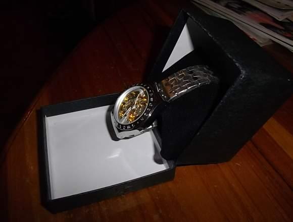 Reloj Swatch para Hombre Dorado Cuerdas
