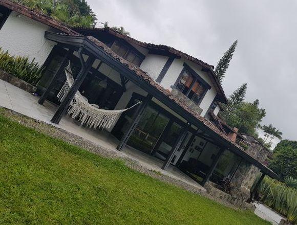 ¡Fascinante Casa Campestre en alquiler Vacacional!