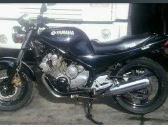 Se vende YAMAHA XJ 600
