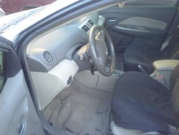 Vendo Toyota yaris 2009