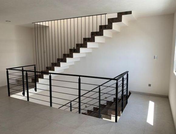 Venta Casa Moderna 3 Niveles 4 rec