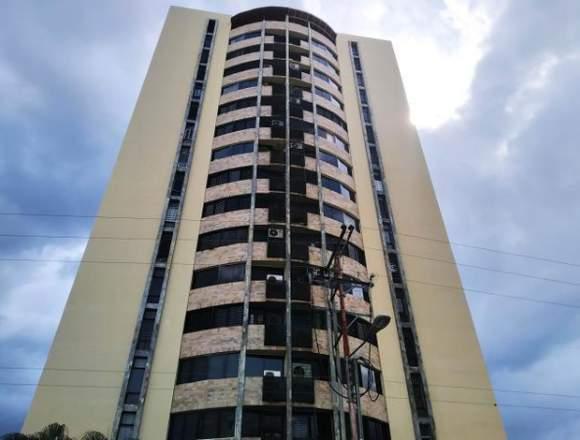 Apartamento de 85mts2 en Urbanización Maracay