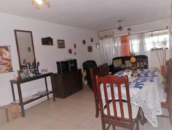 Apartamento  Tipo Estudio   75 mts2 en  Maracay