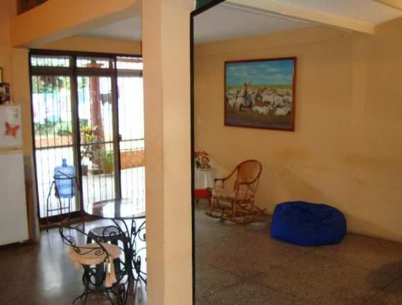Venta de Casa 176mts2 en Urb. Los Overo Turmero.