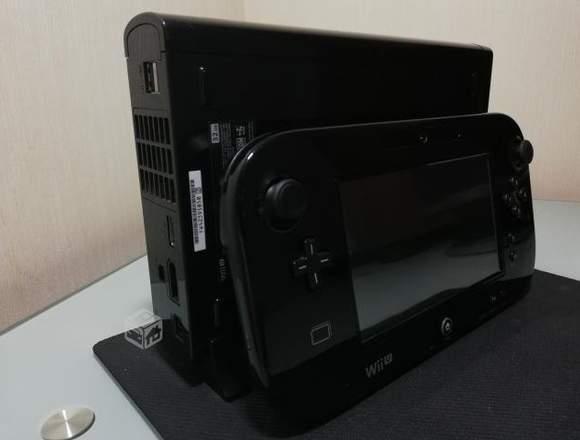 Wii U + 10 juegos Buen estado