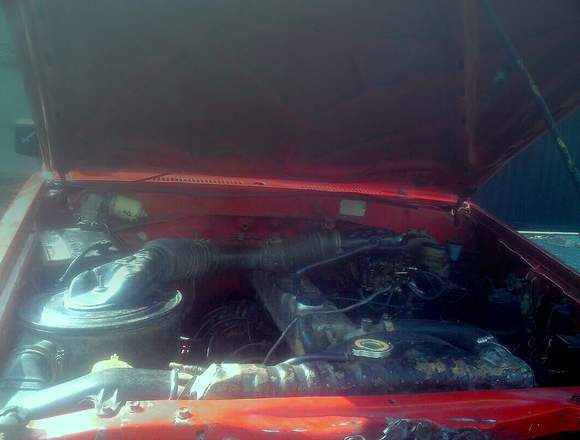 👀 se vende Toyota año 87  motor 3F