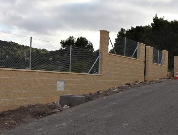 Muros de bloques/Vallado de parcelas/Hormigon